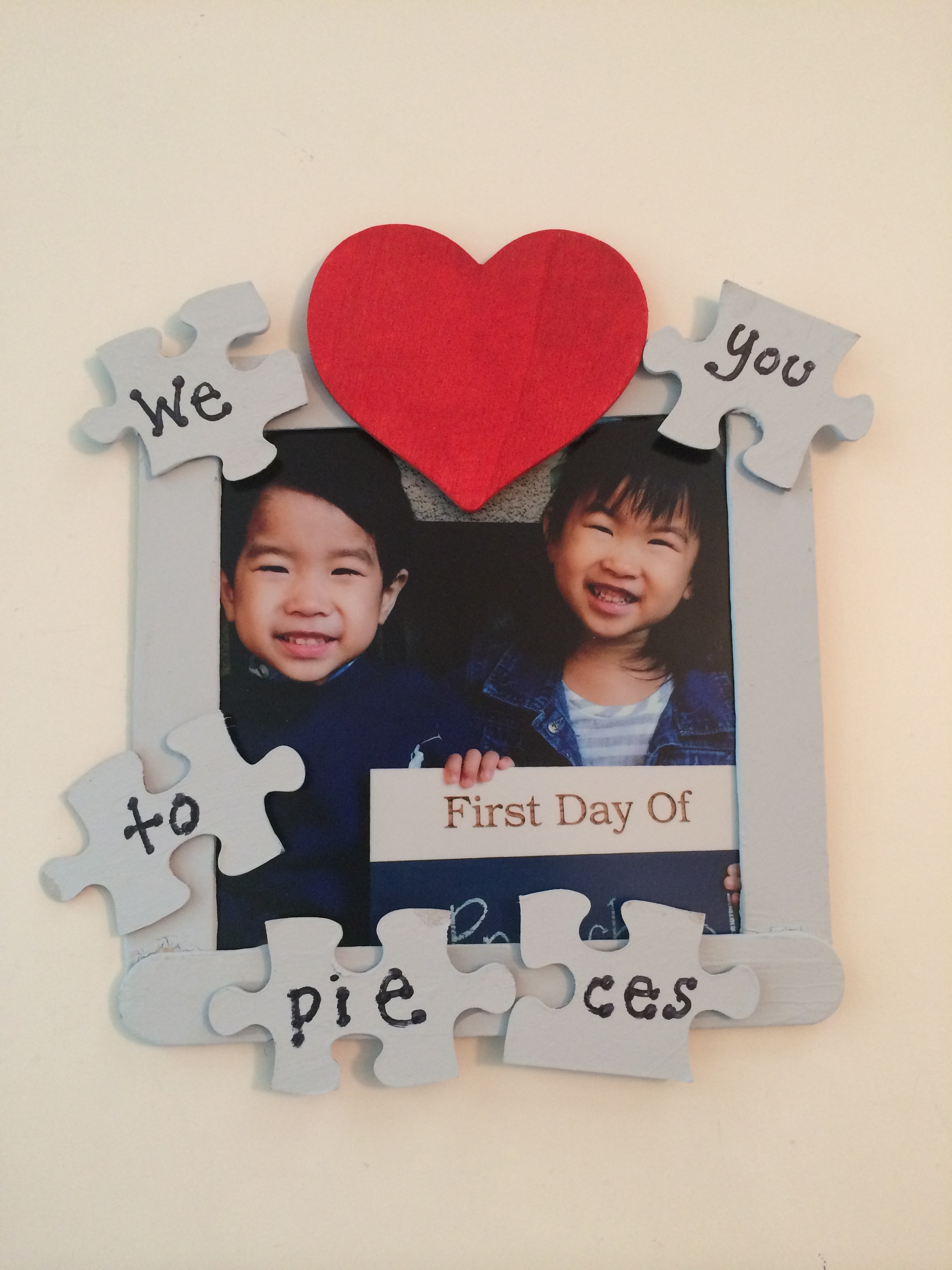 puzzle frame gift idea | Made for Sweets